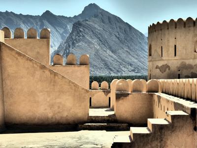 Oman, Oktober